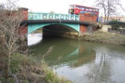 River Roding: A124 London Road bridge in Barking