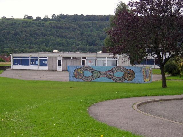Heol-y-Celyn school