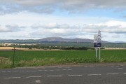 Angus/Perthshire march, Strathmore