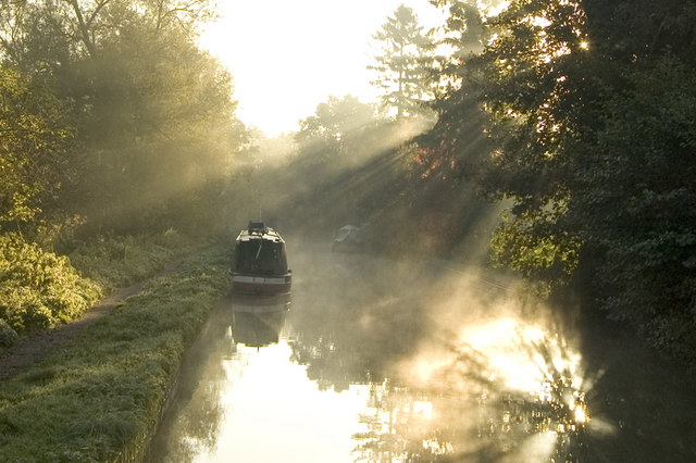 Autumn morning on the Oxford Canal