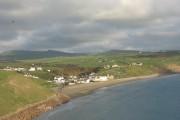Pentref Aberdaron o'r gorllewin. Aberdaron village from the west