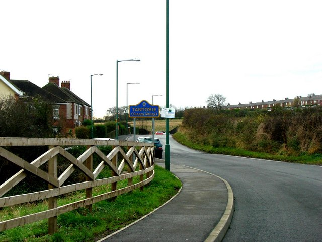Entering Tantobie (Sleepy Valley) from Tanfield