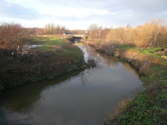 Staveley - River Rother viewed from Hall Lane