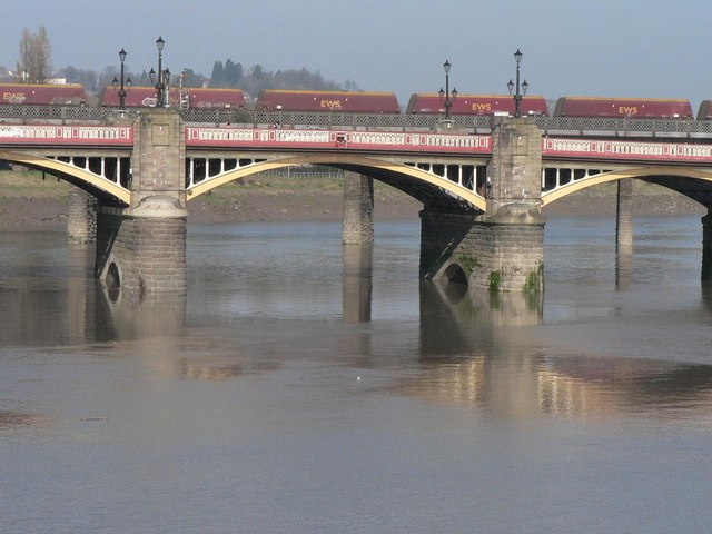 Newport: Newport Bridge – detail