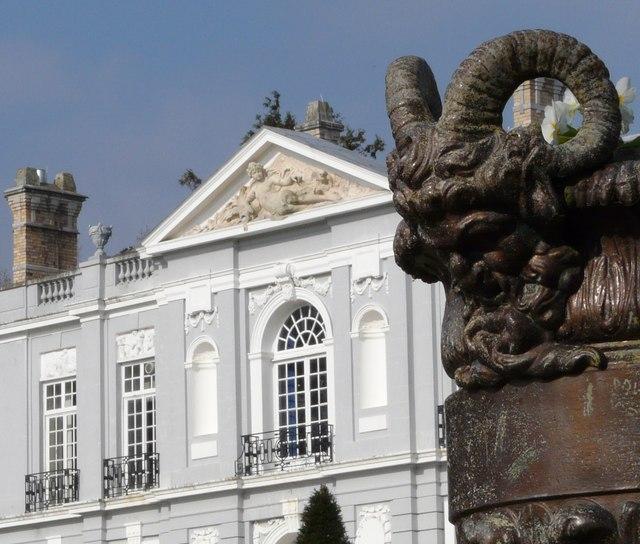 Urn ornament, Oldway Mansion, Paignton