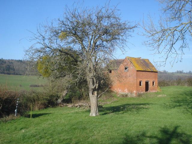 Barn near Beacon Hill Farm - 1