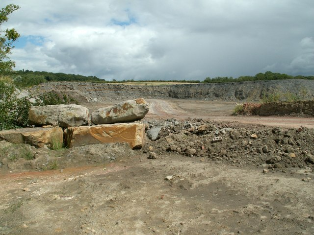 Quarry at the side of the A633 Stairfoot