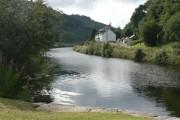 Cairnbaan: canalside cottages