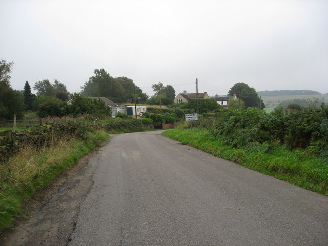 Hundall - Approaching the village from Apperknowle