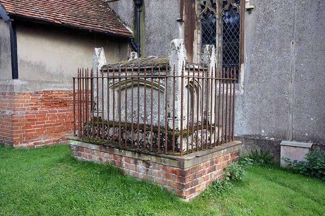 St Nicholas, Fyfield, Essex - Tomb