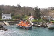 Port Asgaig and lifeboat