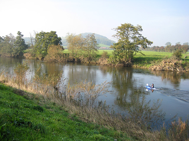 Lone canoeist on the River Wye