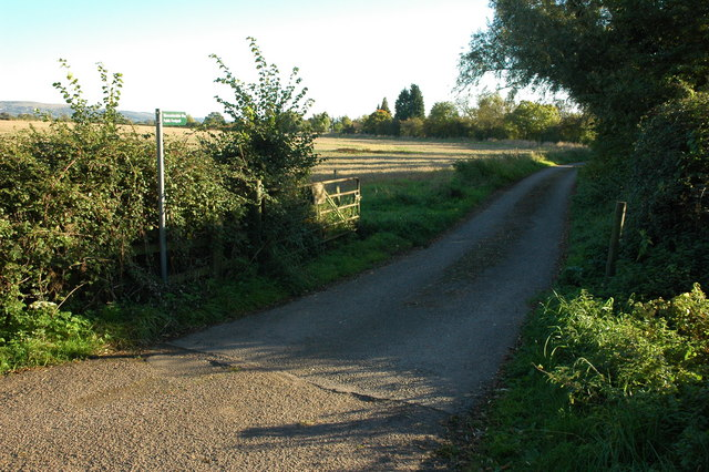 The Gloucestershire Way near Natton