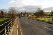 Approaching Middleham Bridge