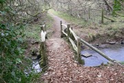 Footbridge near Byworth