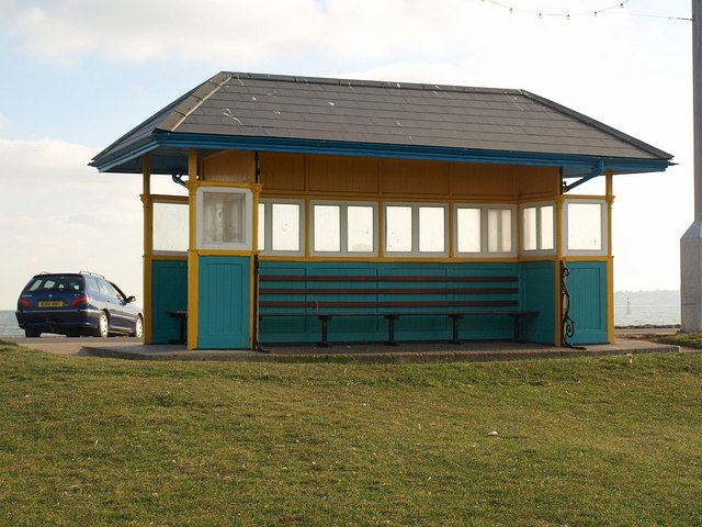 Seafront shelter, Paignton