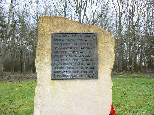 Memorial dedication, Down Ampney airfield