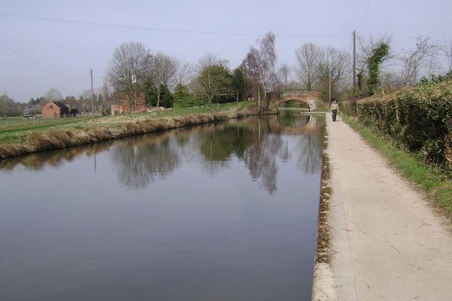 Bridge 45, Grand Union Canal, Myton
