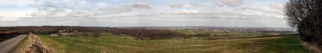 Northerly panorama from wooded area near Hoober Stand