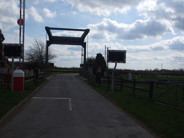 Top Lane Bridge