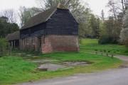 Farm buildings at Killinghurst