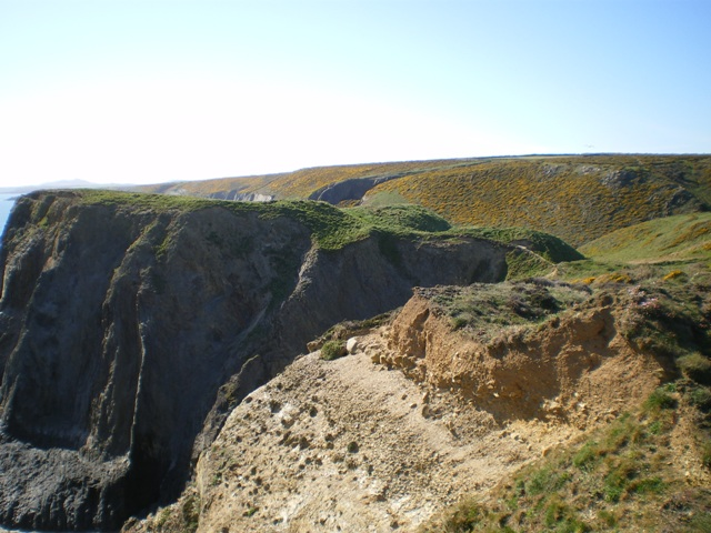 Porth y Rhaw fort from the southeast