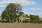 Farmland and cottages at Halfway House