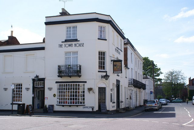 The Town House pub