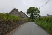 Minor road passing through Llidiardau