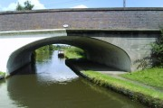 Bridge 70 (Kings Arms Bridge) over the Grand Union Canal