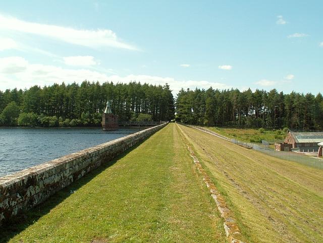 The dam, Castle Carrock Reservoir