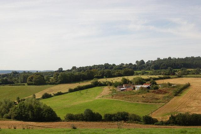 View towards Overdine Farm from Fishpool Hill