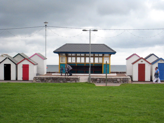 Shelter on the promenade on Preston Sands