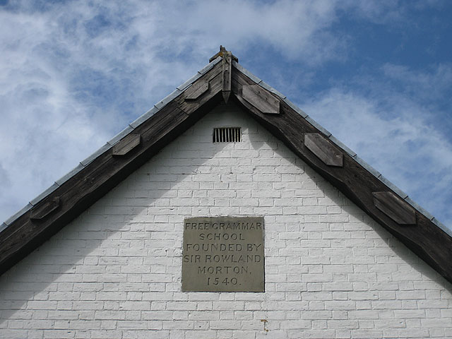 Inscription and date, Free grammar school