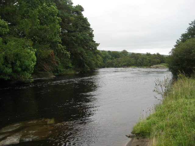 River Tees between the Forces
