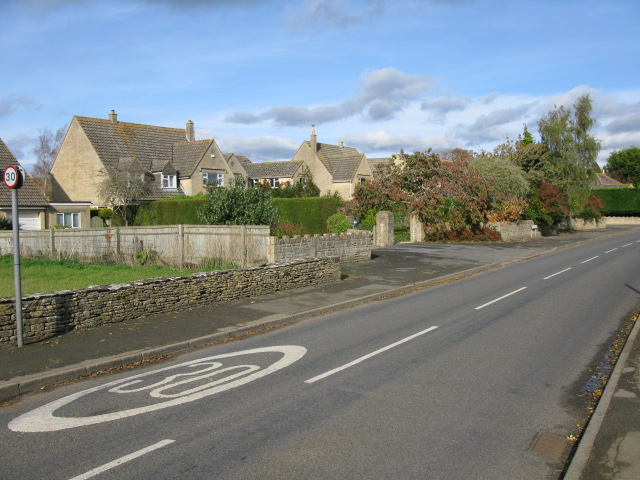 The road through Down Ampney