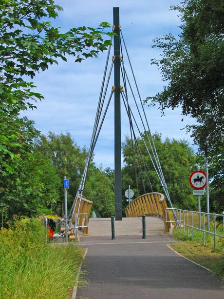 Deeside Way bridge over Holburn Street