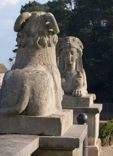 Sphinxes, Oldway