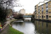 Regent's Canal:  Cat & Mutton Bridge