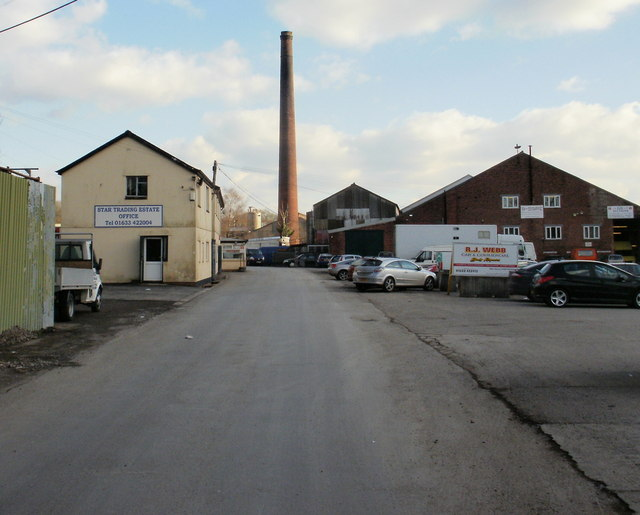 Star Trading Estate office and chimney, Ponthir