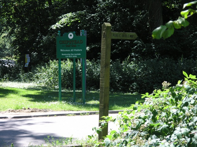 Bridleway & Golf Club entrance