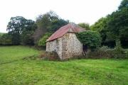Red barn near Sloncombe - Devon
